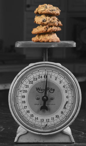 scale cookies1 BW