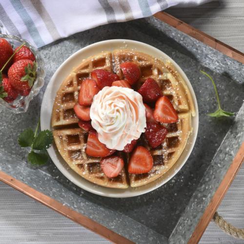 strawberry waffles w drizzle